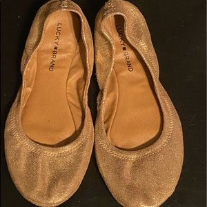Gold sparkly lucky brand slippers